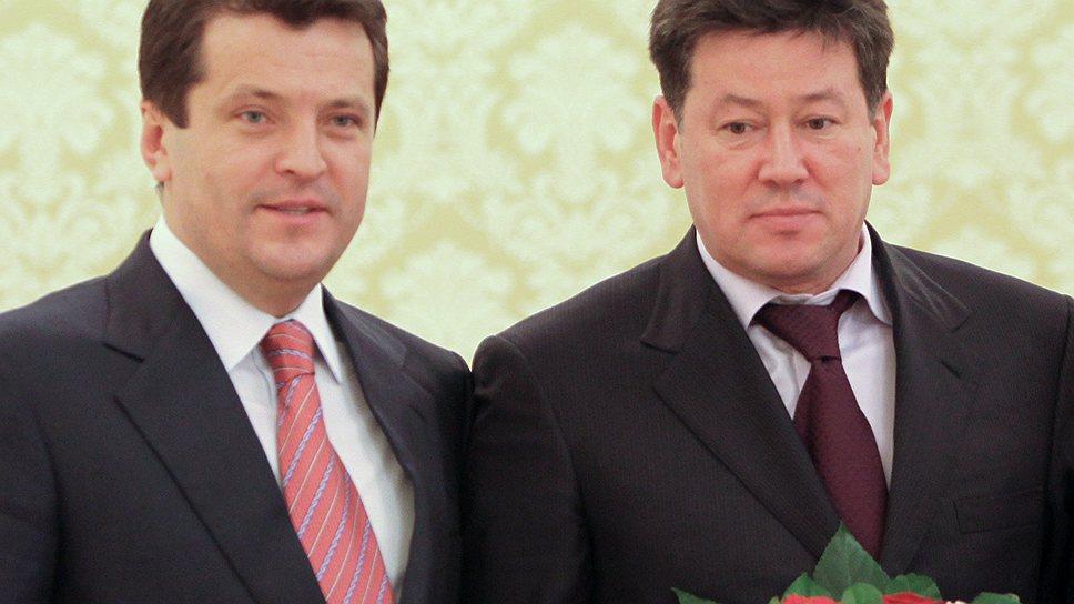 Иршат Минкин (на фото справа).