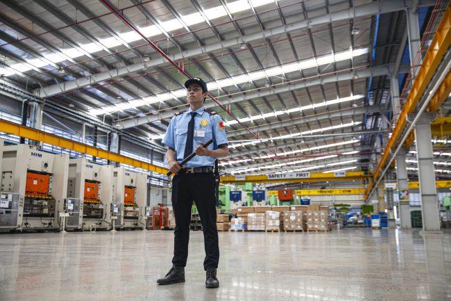 Nhân viên bảo vệ có tinh thần trách nhiệm cao trong công việc
