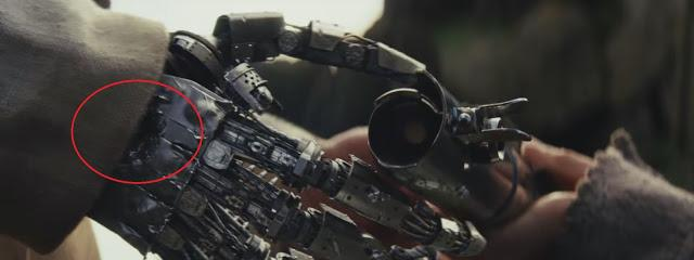 luke hand shot in last jedi