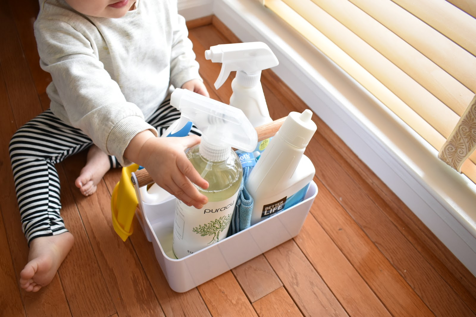 non-toxic cleaning products with toddler