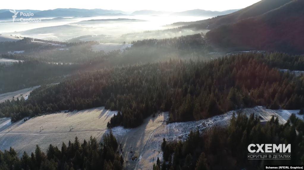 Слідство досліджує обставини спрямуванння держкоштів не на національні проєкти, а на придбання земельних ділянок у Закарпатській і Волинській областях