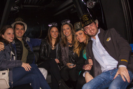 2017-NNYE-New-Years-Limo-Party-Bus-Crawl-My-Drink-On-MyDrinkOn (16).jpg
