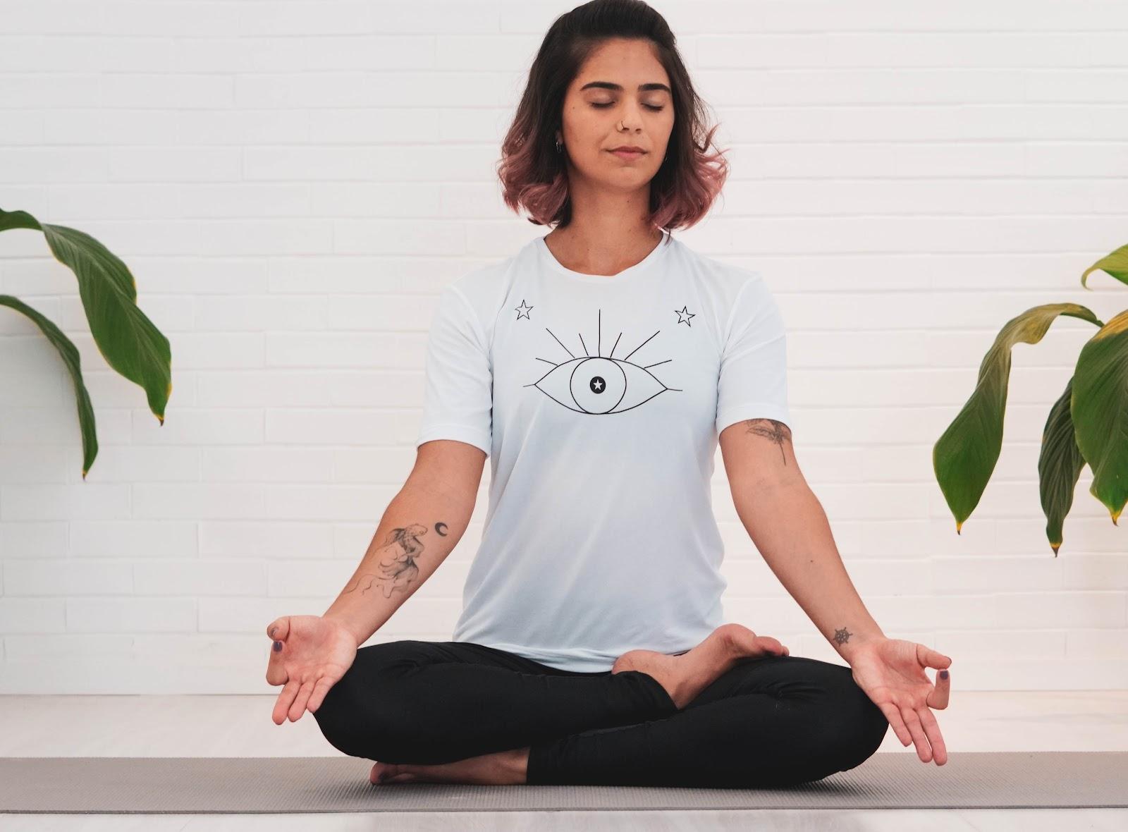 5 Ways to Correct Posture : Sidhhasana