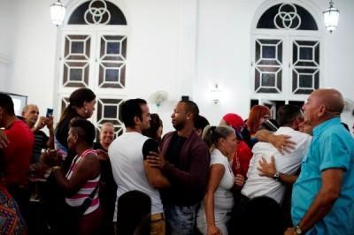 世界各地的LGBT天主教信徒們齊聚古巴教堂。(路透)