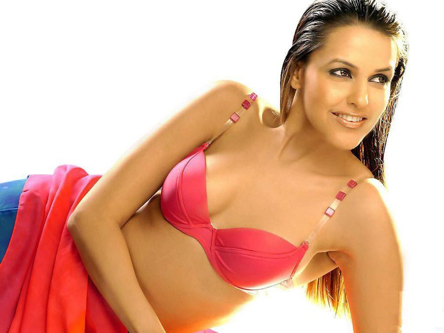 Neha Dhupia Bikini Supersexy n hot