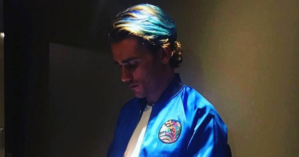 Griezmann with blue hair