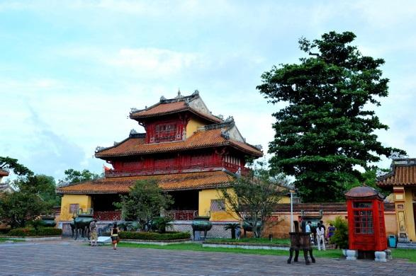 What to Do in Hue