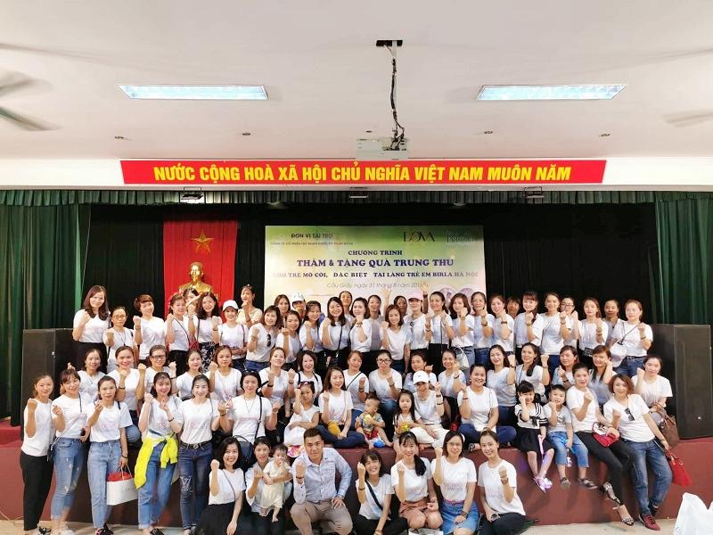 Tập đoàn Dova trao hơn 500 suất quà cho người già neo đơn, trẻ mồ côi, khuyết tật - Ảnh 1