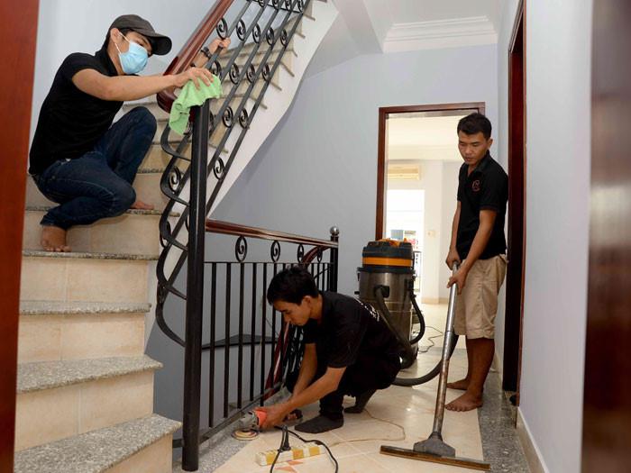 Dịch vụ vệ sinh nhà ở định kỳ được nhiều bà nội trợ tin dùng