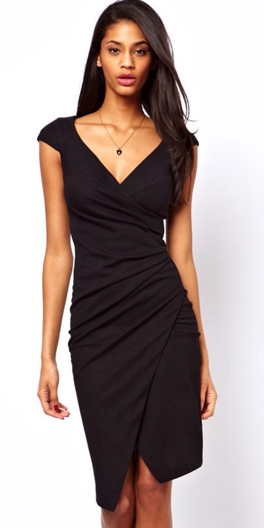 ef42bec67 Si buscáis un vestido barato para navidad de 2013 y elegante a la vez. Os  recomendamos este vestido negro MotuFashion. Tiene un diseño sofisticado y  se ...