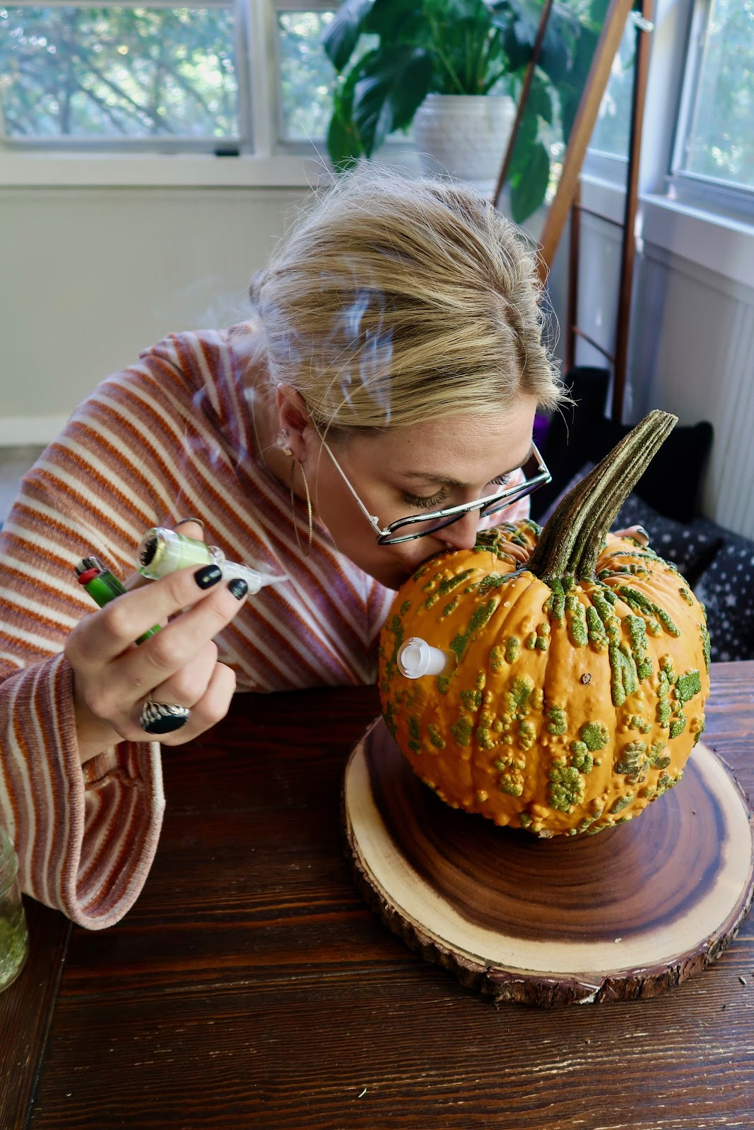 How to Make a Pumpkin Bong