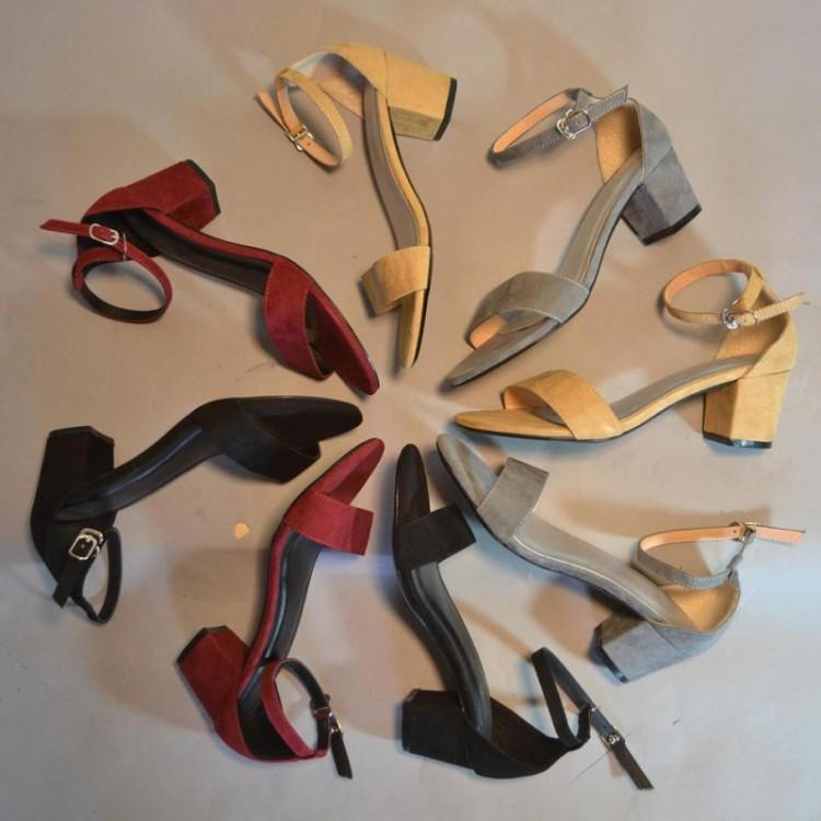 Kinh doanh giày dép nữ luôn thành công nếu bạn đi đúng hướng
