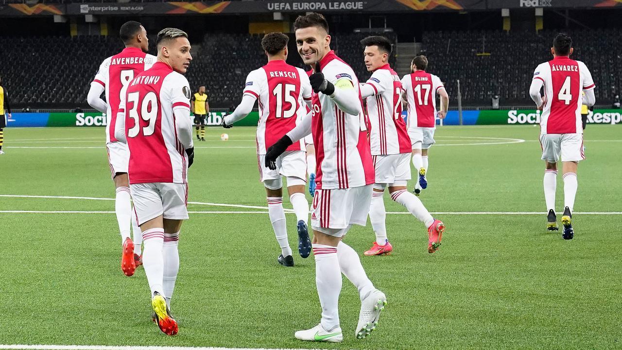 Ajax đang rất mạnh tại Europa League