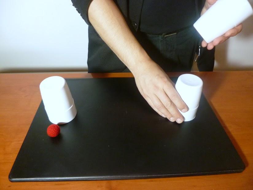 Enseñar cubiletes vacíos 5