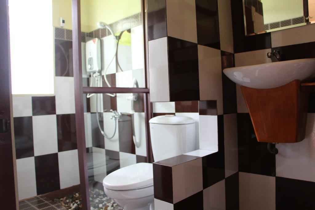 nhà tắm Gite Nam Hien Mekong homestay