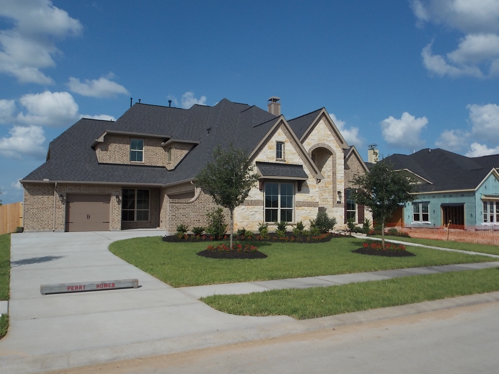 Firethorne katy small town neighborhood feel for Firethorne builders