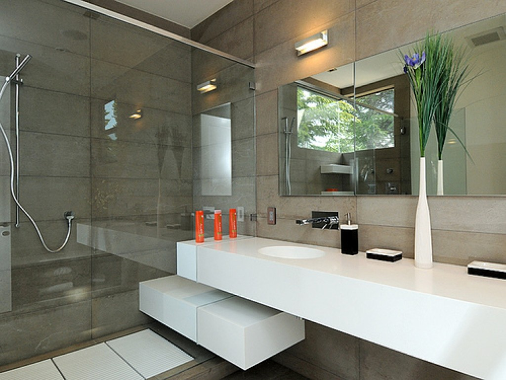 modern-bathroom1.jpg