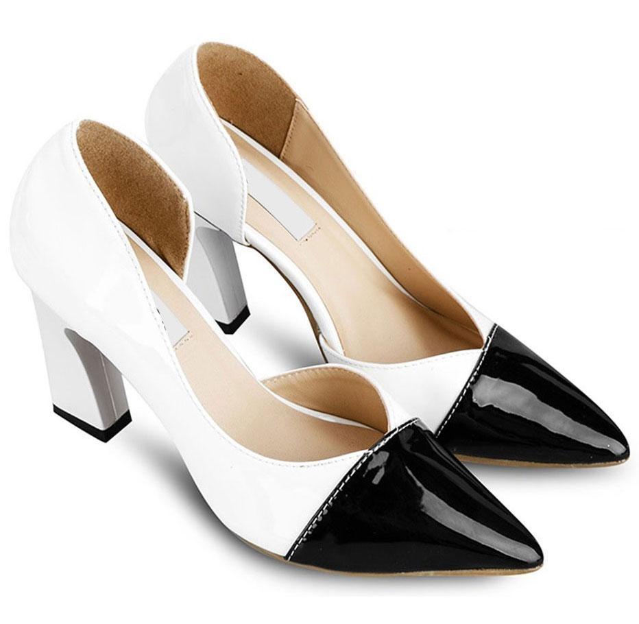 Mẫu giày được nhiều người thích thú