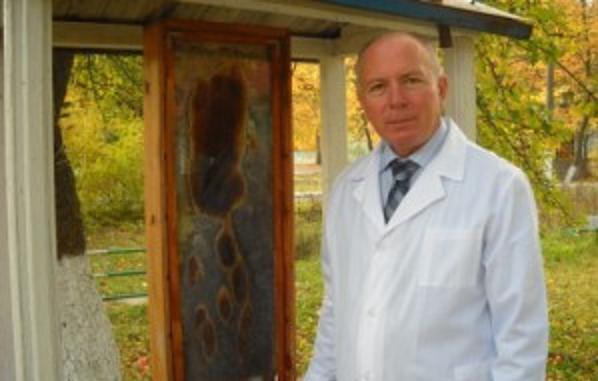 Завідувач відділу технологій утримання бджіл і виробництва продукції бджільництва Олександр Міщенко