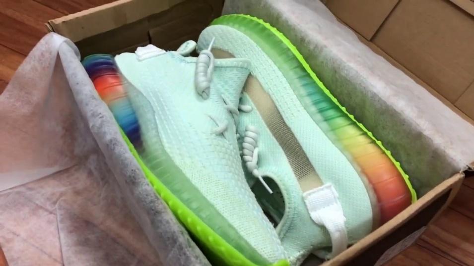 Giày sneaker Yezzi đế 7 màu