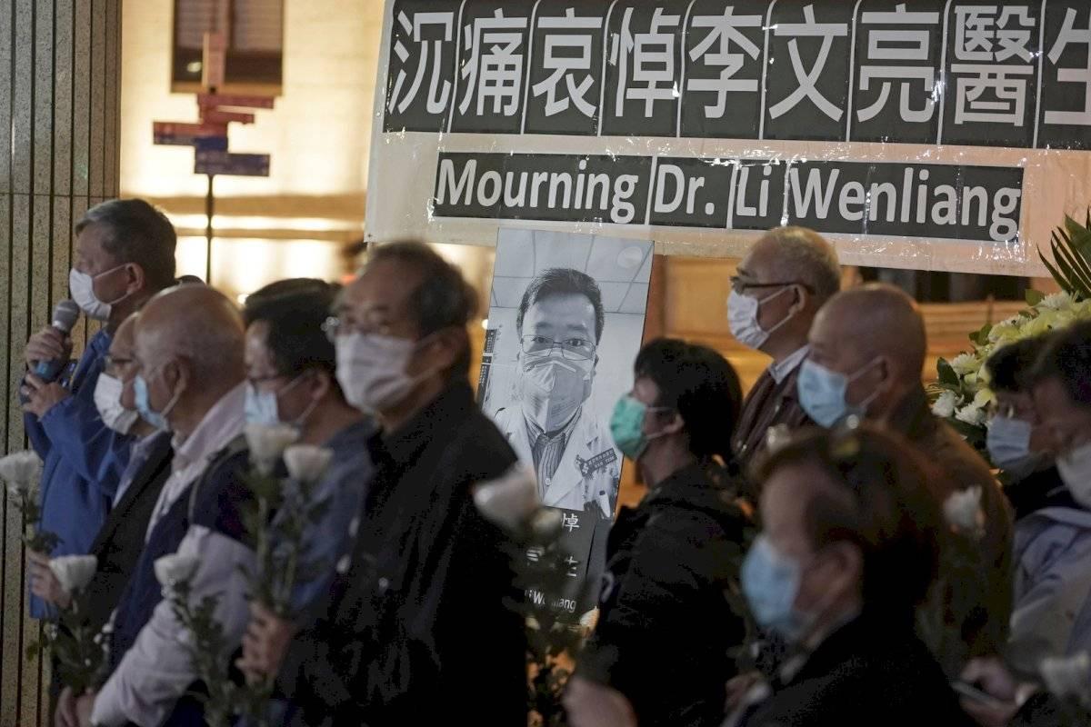 El-doctor-que-diagnosticó-el-coronavirus-muere-2-veces-china-censura-