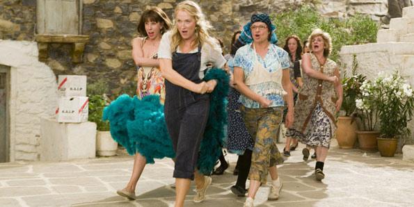 G1 > Cinema - NOTÍCIAS - Crítica: Musical 'Mamma mia!' leva canções do ABBA às telas de cinema