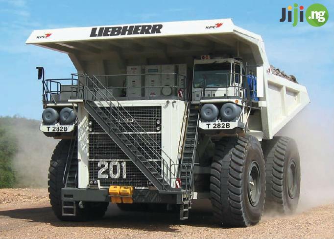 LIEBHERR_T282B.jpg