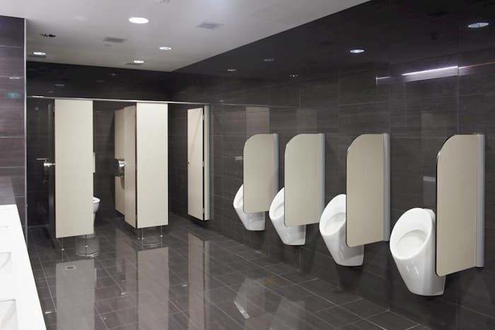 Vách ngăn vệ sinh: nên lựa chọn thi công loại nào tốt?