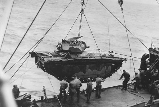 LVT-Corps-Iwo-Jima-e1455720590109.jpg