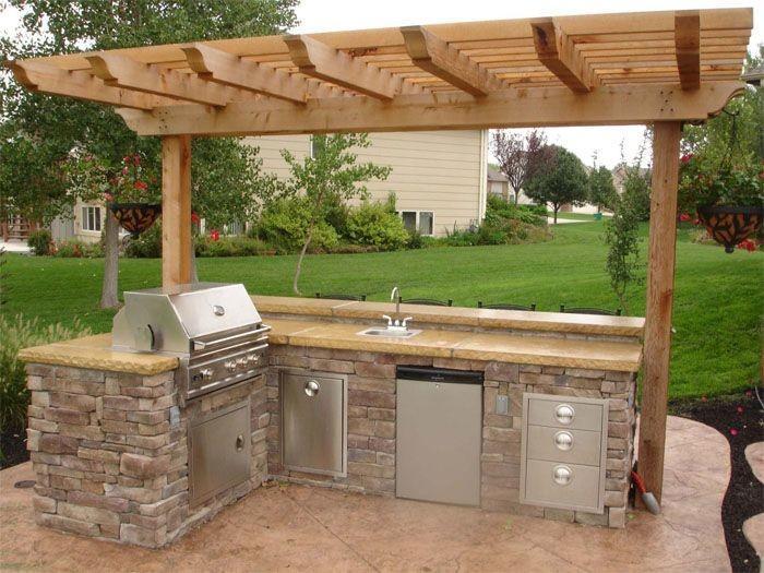 outdoor-kitchen-pergola