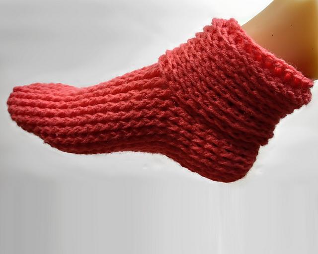 crochet Christmas gift idea - slippers