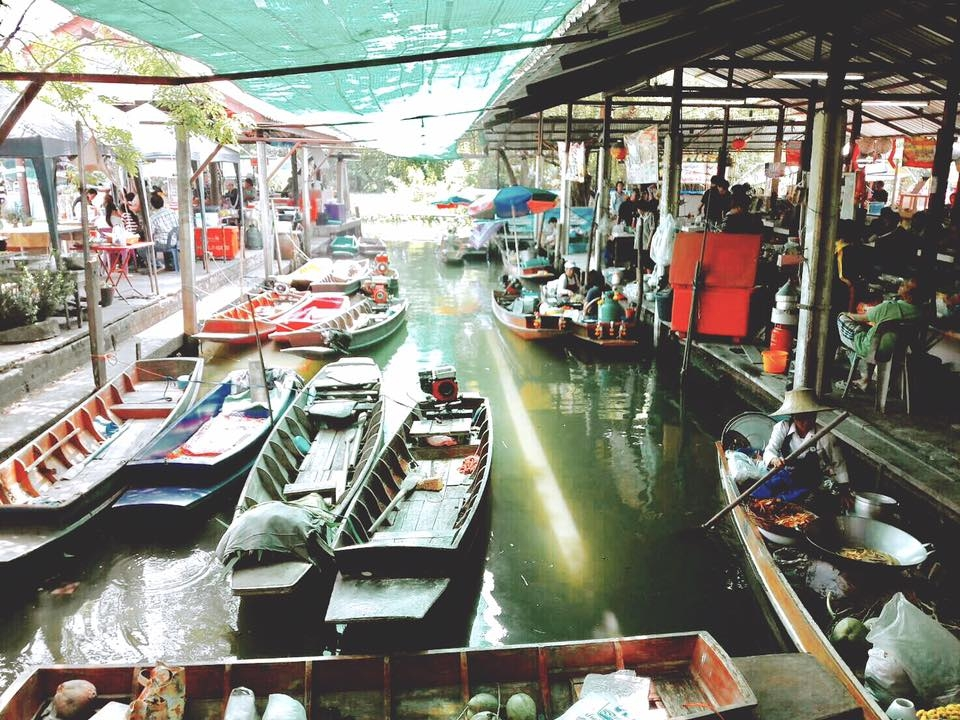 4. ตลาดน้ำวัดสะพาน