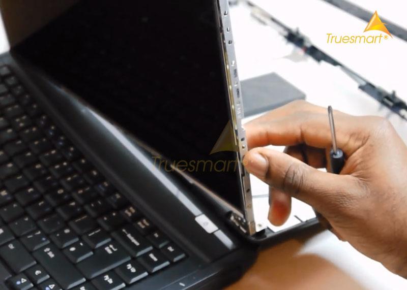 Thay màn hình laptop Acer giá bao nhiêu tiền?