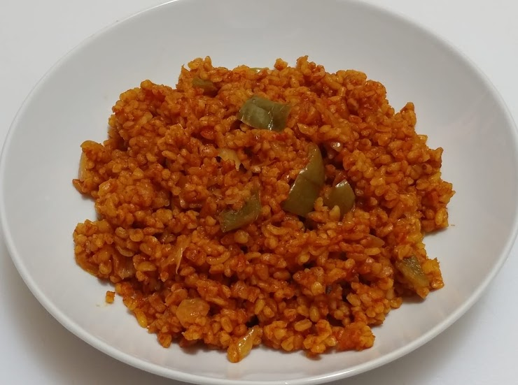 Bulgur Pilaf with Green peppers, Onions and Tomatoes  (Vegan, contains Gluten)