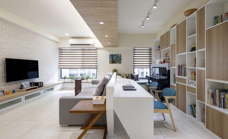 串連客廳廚房與書房的通透感減少隔間造成的封閉阻絕滿足其主人的需求