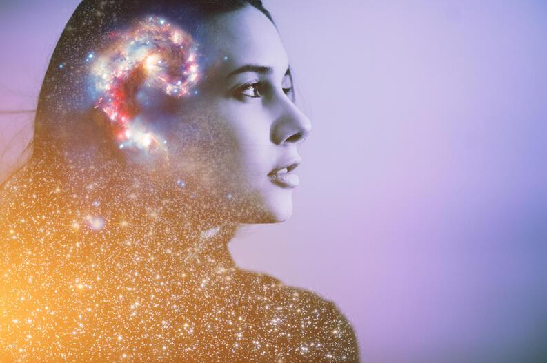 cerebro mujer emociones colores