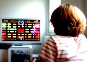 παιδια παιζουν βιντεοπαιχνιδι