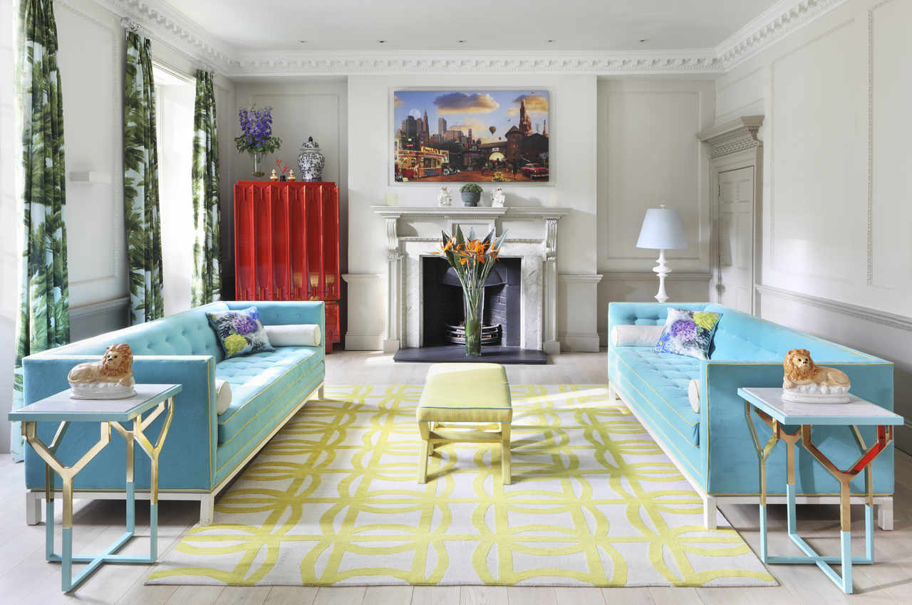 Inspirasi hunian dengan desain interior art deco yang menggunakan warna-warna terang dan solid - source: theartofbespoke.com
