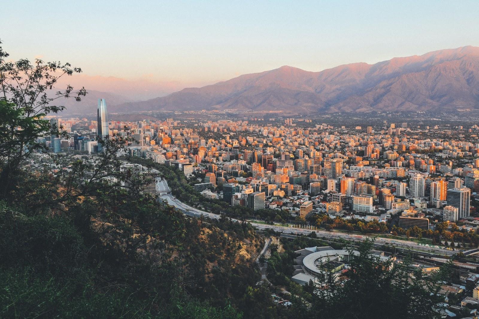 Santiago: exemplo de sustentabilidade na América do Sul. (Fonte: Pexels)