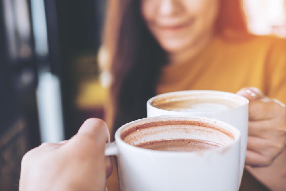 Salah satu nilai lebih yang dimiliki kedai kopi dengan model gerobak unik adalah interaksi yang lebih luwes antara pelanggan dengan barista maupun pelanggan lainnya