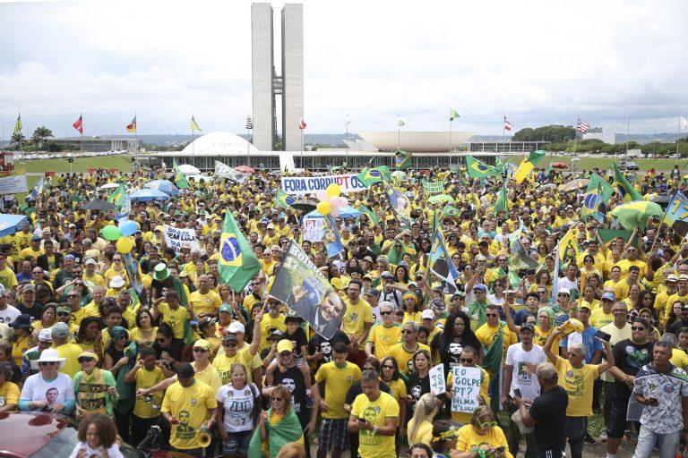 neonazismo nas manifestações pró-Bolsonaro