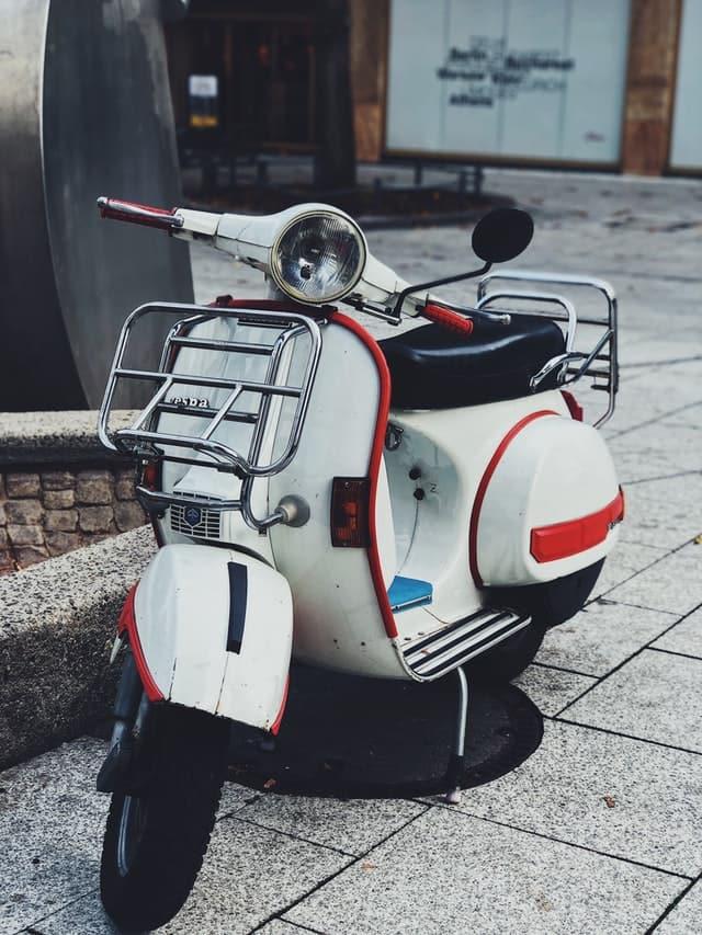 eletrická motorka, retro motorka, skúter