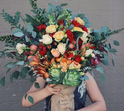 Cần giữ lại hóa đơn khi mua hoa