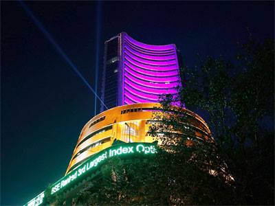 Sensex may touch 22,000 level before general elections: Experts     Sensex may hit 22,000 level before the general elections on hopes that a stable government at the Centre after polls will be able to unleash strong measures to revive economic growth, experts have said. http://ow.ly/u4SsQ