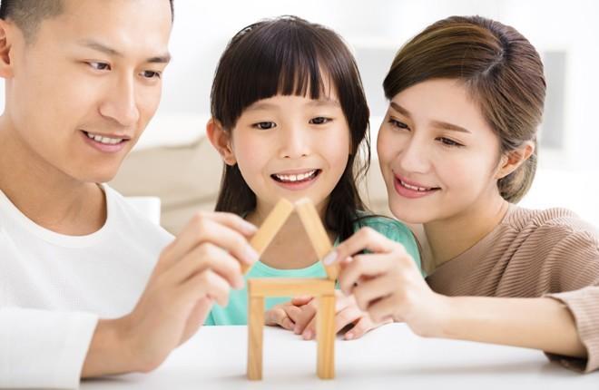 Làm sao để cho con hạnh phúc? Bật mí học cách làm cha mẹ vui vẻ