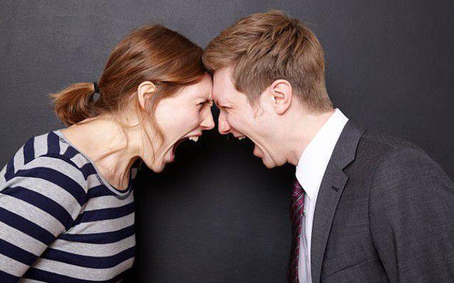 Những người đàn ông tọc mạch lắm chuyến thì tốt nhất chị em nên chia tay như vậy sẽ tốt hơn cho mình.