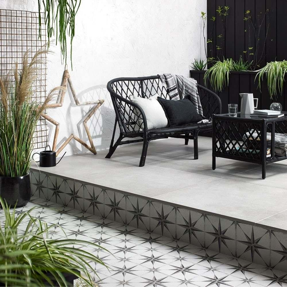 Star Patterned Tiles For Outdoor Spaces