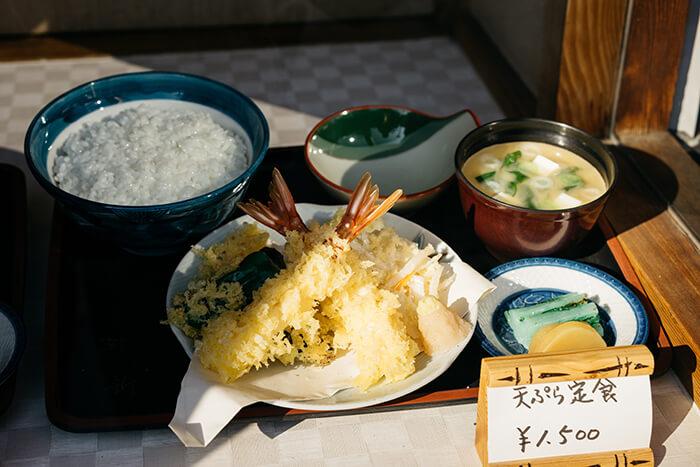 想做和風的炸蝦又不想剝殼嗎?選大尾白蝦仁吧。