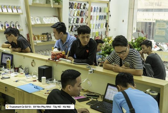 Thay Màn Hình Cảm Ứng iPhone 8/8Plus/X Uy Tín Tại Hà Nội
