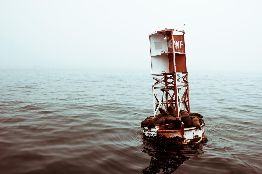 white metal floating post